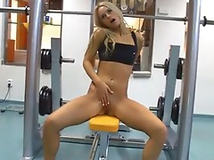 SaBrina golden-haired fingEring whilst working out in the gym