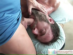 Bear Dodge Wolf gets his first gay massage