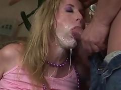 Mature MILF sucking