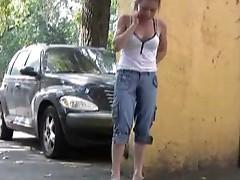 Self-juicyting on a shady street