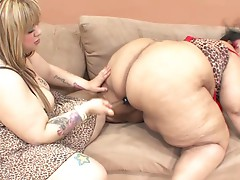 Bbw lesbians getting hot and horny