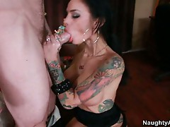 Massive boobs alt babe angelina valentine taking huge cock
