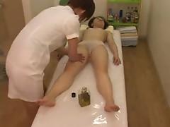 Naked and naugty massage for Japanese girl