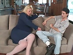 Mature makes her move and takes his cock