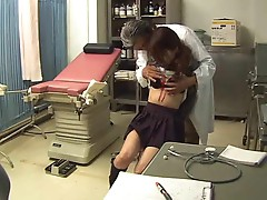Gyno doctor gets BJ from Asian girl