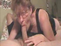 Sexy mommy sucking a nice big cock