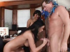 Horny Kyanna Lee gobbles down this skin flute