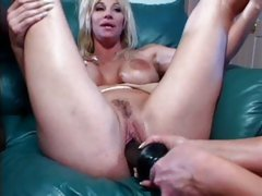 Beautiful Kat Kleevage gets toyed up her wet twat