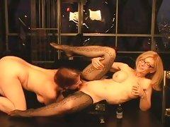 Blistering Nina Hartley gets her throbbing clit licked