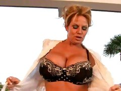 Kelly Madison showing her juicy bouncy mellons