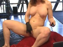 Rampant Nina Hartley fingers her wet pantie pot
