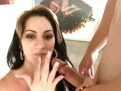 Sizzling slut gets her face drenched with cock sauce