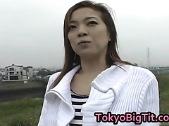 Aki Tomosaki Naughty Asian Goes For