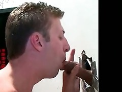 Straight dude sticks his cock in gay