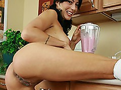 Zoey Holloway drinks booty smoothie