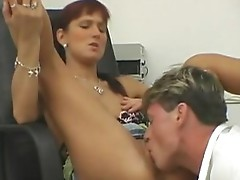 Playgirl enjoys clinic pussy licking