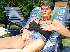 Grey-haired grAnny Sofie acquires a double dipping of large jock