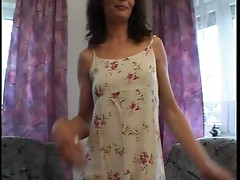 This hot Milf loves to play on camera
