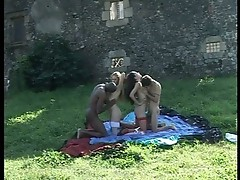Foursome furious pussy pounding outdoors with cum eating sluts