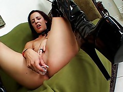 Hot goth squirts too finish