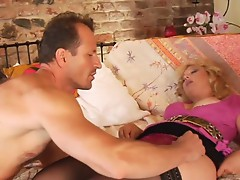 Hot cougar pounded by horny dude