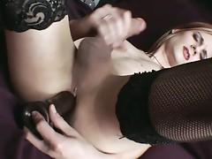 Blonde tranny masturbates in hot solo