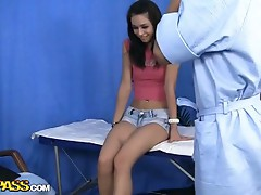 Cute girl enjoyed having her innocence corrupted during a massage