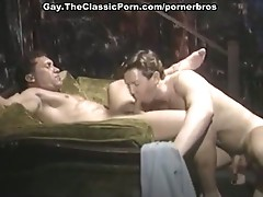 Two gay lovers who want some asshole plugging cock action