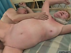 Old man fucks mature fatty on the bed