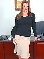 Gorgeous Sara fucking at work!