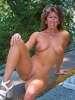 Hot and lovely mature posing for you