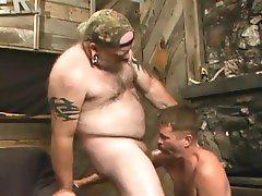 Horny Bear Truckers