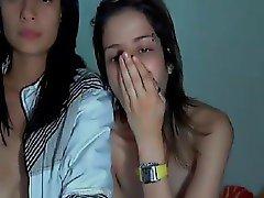 webcam lesbian kiss kiss