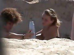 Amateur Beach Voyeur 2 Girls