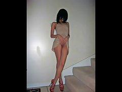 pubblic humiliation: slave without slip in pubblic place