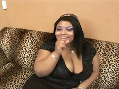 Fat whore on knees swallows fat cock