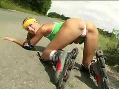 Rollergirl masturbates 1