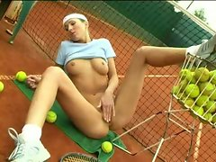 Hot tennis girl 2