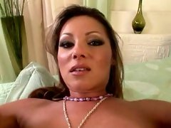 Busty Caroline Cage helps herself to an orgasm with fave toy