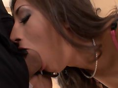 Horny lation Alexis Breeze takes a long fat dick in her mouth