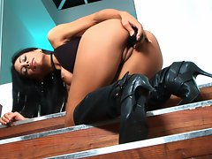 Babe Cassandra Cruz goes solo with a toy on her shaved cunt