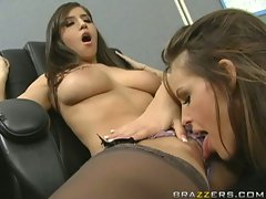 Busty April ONeil always wished for a best licking on her pussy