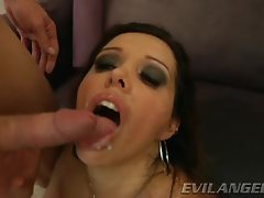 Francesca Le gets her mouth filled with warm cum