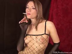 Maya Hills - Smoking Fetish at Dragginladies