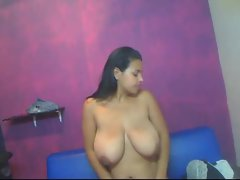 colombian chubby big tits slap
