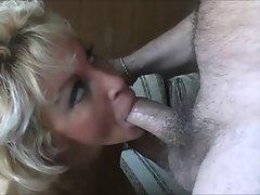 Michelle - mature 40+ anal