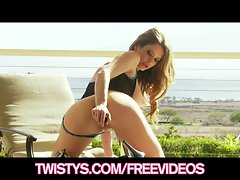Big-tit babe Emily Addison loves to fuck her dildo