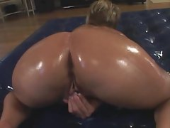 Nikki Grind gets her dick the old fashioned way and that is raw