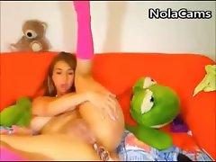 Slut GF Anal Masturbation On Webcam