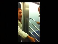 Flasher Busted in Train... Ohhhhhhhhh tttttttttt